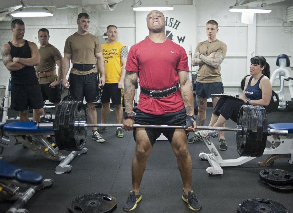 Les 7 mouvements de base en musculation