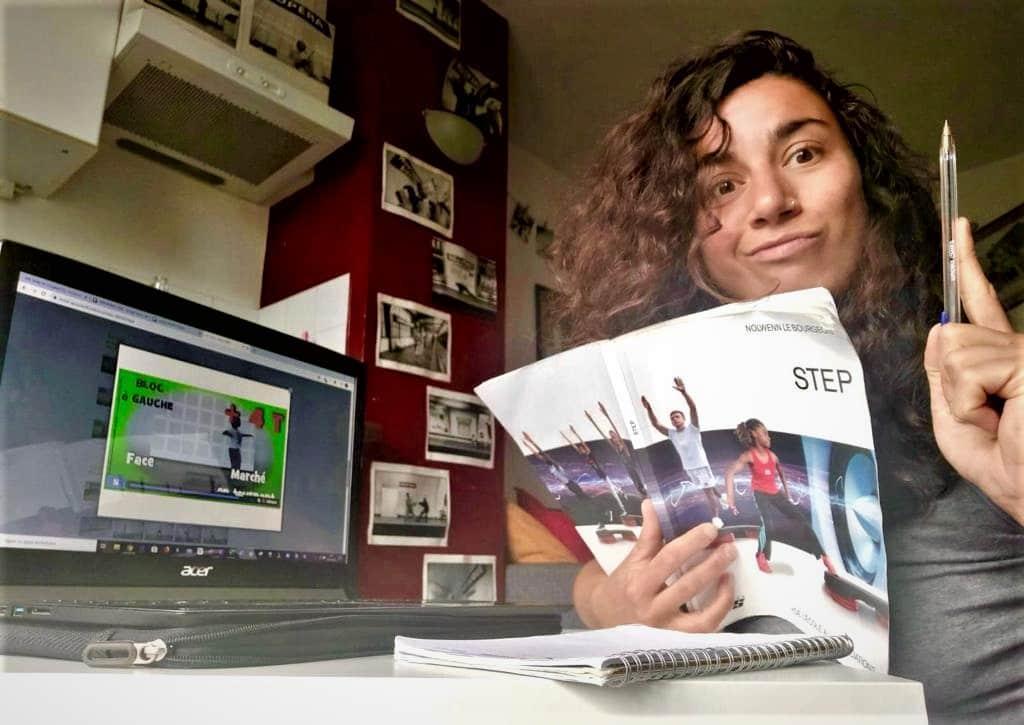Camilia Courtois, référente cours collectifs du blog réussir son BPJEPS a puisé beaucoup de contenu de qualité dans le livre STEP de Nolwen Le Bourgeois.