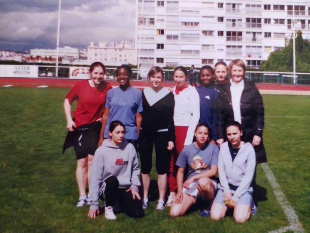 Adolescente, Camilia Courtois, coach sportif BPJEPS AF, a développé le goût de l'effort avec son équipe d'athlétisme.