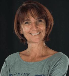 Magali Théry, créatrice de la formation en ligne Pilates Autrement.